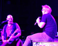 Phil Vassar, Lynchburg, Virginia.  Miller Home Benefit Concert bij Fase 2, April 2013 Stock Foto's
