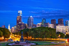 Philadelphfia no crepúsculo Fotografia de Stock Royalty Free