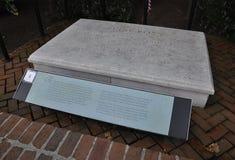 Philadelphia, el 4 de agosto: Betsy Ross Grave en el patio de la casa de Philadelphia en Pennsylvania Imágenes de archivo libres de regalías