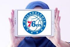 Philadelphia 76ers amerikansk basketlaglogo Arkivbilder