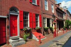 Philadelphia, PA: Historischen Elfreths Gasse lizenzfreies stockbild