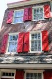 PHILADELPHIA, PA - 14. MAI: Die historische alte Stadt in Philadelphia, Pennsylvania Elfreth-` s Gasse, gekennzeichnet als Stockbilder