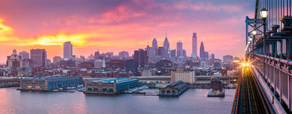 Philadelphia panorama under a hazy purple sunset Royalty Free Stock Photography