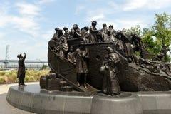 Philadelphia USA - Maj 29, 2018: Irländsk minnesmärke på Penns Landi fotografering för bildbyråer
