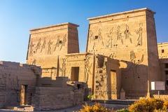 Philaetempel in aswan op de Nijl in Egypte stock foto's