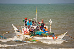 Philippines - Overloaded Fishing Boat Royalty Free Stock Photography