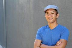 Philippinischer Mann mit Kopienraum auf dem links Stockfotografie