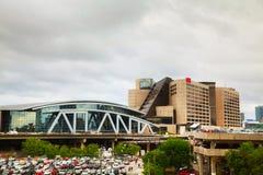 Philips Arena en CNN-Centrum in Atlanta stock foto's