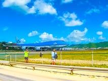 Philipsburg, Sint Maarten - 10 Februari, 2013: Het strand in Maho Bay Royalty-vrije Stock Fotografie