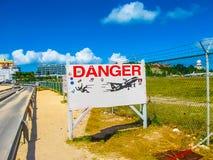 Philipsburg, Sint Maarten - 10 Februari, 2013: Het strand in Maho Bay Royalty-vrije Stock Afbeelding