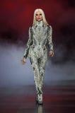 Phillipe Blond camina la pista durante Blonds la semana de la moda de Nueva York de febrero de 2017 Fotografía de archivo libre de regalías