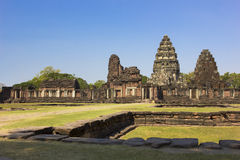 Phimai historischer Park, Thailand stockfotos