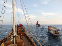 Phinisischepen die in Zuiden Sulawesi varen stock afbeelding