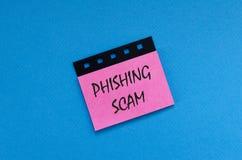 Phishingszwendel op sticker stock foto