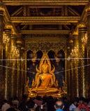 PHITSANULOK, ТАИЛАНД - 6-ОЕ ДЕКАБРЯ 2014: Мамы Wat Phra Sri Rattana Стоковая Фотография RF