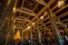 PHITSANULOK - Gennaio 14,2014: Il Buddha più bello scolpisce Fotografia Stock