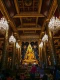 PHITSANULOK, THAILAND - OCT 31, 2018: Het standbeeld van Boedha in Phra Sri royalty-vrije stock afbeelding