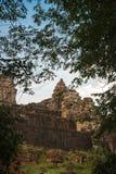 Phnom Bakheng in Siem Reap, Kambodscha lizenzfreie stockfotografie