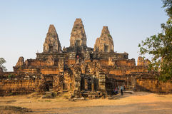 Phnom Bakheng temple at sunset Royalty Free Stock Photography