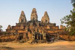 Phnom Bakheng temple at sunset Royalty Free Stock Photography