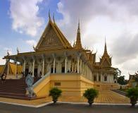 王位大厅在Phnom Pehn 图库摄影