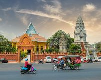 PHNOM PENH, CAMBODIA - MARCH 17, 2015 : Wat Ounalom in Phnom Penh royalty free stock photos