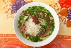 Pho vietnamesisk soup med meat och nudlar Royaltyfri Fotografi