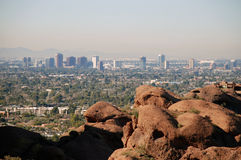 Phoenix im Stadtzentrum gelegen: Ansicht von Camelback Berg 2 Stockbild