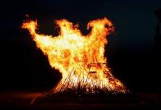 Phoenix voa fora da fogueira foto de stock royalty free