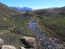 Pholelarivier, het Nationale Park van uKhahlambadrakensberg Stock Fotografie
