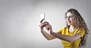 phone kvinnan arkivfoto