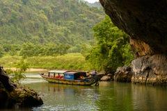Phong Nha, Ke Łomota jamę, zadziwiać, cudowny cavern przy Bo Trach, Quang Binh, Wietnam obrazy royalty free