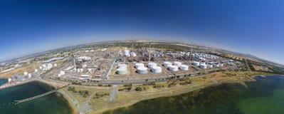 Photo aérienne d'un raffinerie de pétrole Photographie stock