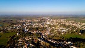 Photo aérienne de Rocheserviere dans l'acquéreur, au coucher du soleil photo stock