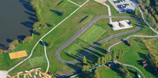 Photo aérienne de stationnement intégré de patin Image stock