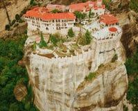Photo aérienne des formations de roche et des monastères de Meteora, Photographie stock libre de droits