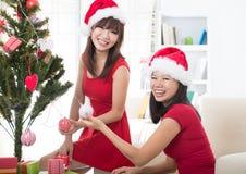 Photo asiatique de Noël de mode de vie d'ami Photographie stock