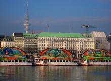 Photo avec le fond de l'architecture et de l'infrastructure urbaine ville portuaire allemande de Hambourg et d'un decorat d'intér Image libre de droits