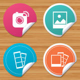 Photo camera icon. Flash light and landscape. Royalty Free Stock Photos