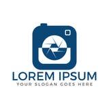 Photo camera logo design. vector illustration