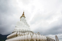Photo courante - temple de Phasornkaew en Thaïlande Images libres de droits