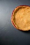 Photo cultivée par plan rapproché de pâte au goût âpre cuite au four Photos libres de droits