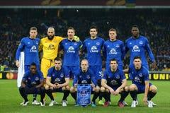 Photo d'équipe d'Everton avant le rond de ligue d'Europa de l'UEFA de la seconde correspondance de la jambe 16 entre la dynamo et images libres de droits