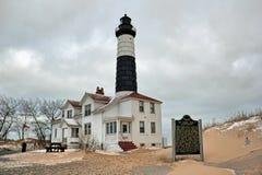 Photo d'hiver de grand phare de point de sable photos stock