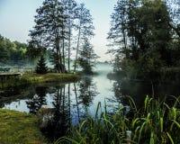 Photo d'un étang situé dans un parc public photographie stock libre de droits