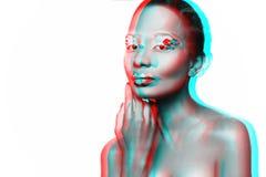 Photo d'un modèle de jeune fille avec un regard africain Photos libres de droits