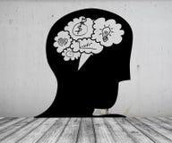 Photo de concept de cerveau d'entretien de bulle dans la tête sur le plancher blanc de brique et le mur en béton Photo libre de droits