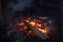 Photo de feu de camp Photographie stock libre de droits