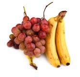 Photo de haute résolution des raisins et des bananes foncés photo stock