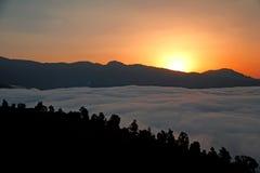 Photo de la vallée du brouillard Images stock
